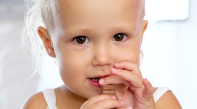 Bebeklere Tatlı Yiyecekler Vermek Ne Derece Sağlıklıdır ?