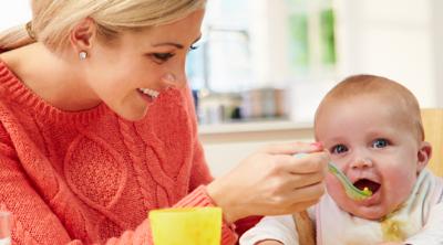 Hangi Tür Bebek Önlükleri Tercih Edilmeli ?