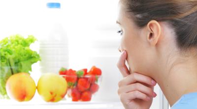 Sağılan ve Anne Sütü Saklama Poşetinde Dondurulmadan Muhafaza Edilen Süt Ne Kadar Sürede Tüketilmelidir?