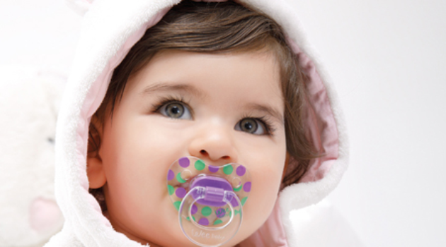 Bebeklerde Nasıl Emzikler Tercih Edilmeli?